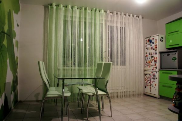 Салатовые шторы для кухни фото